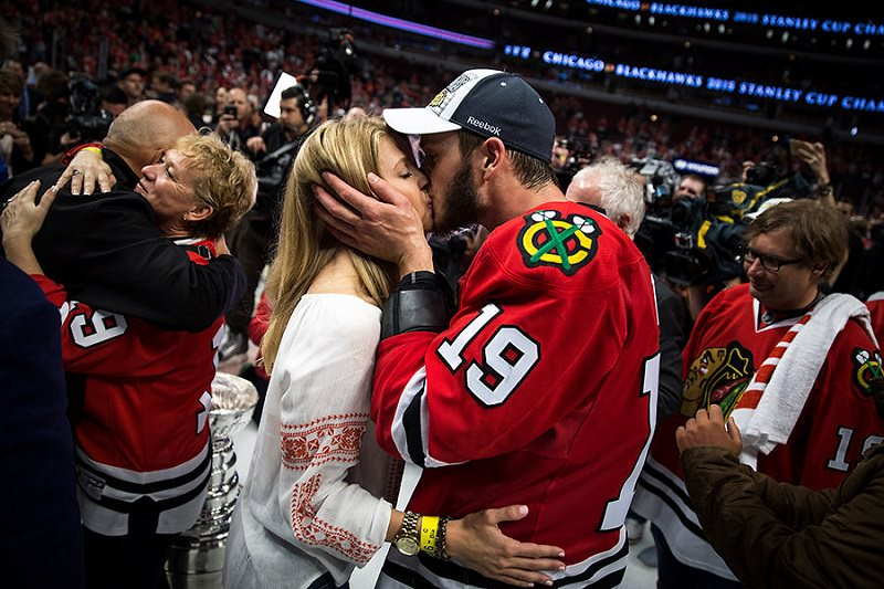 Lindsey Vecchione and Jonathan Toews